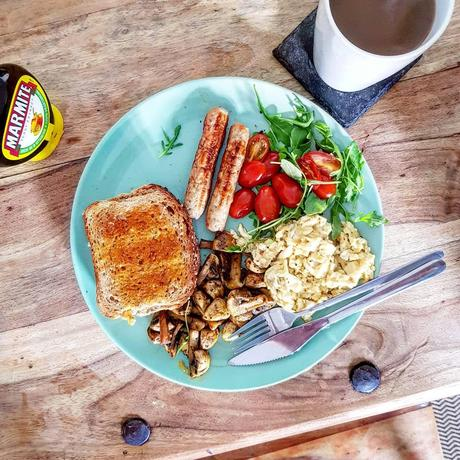 Chloe Tries|| Foodie Monthly – May