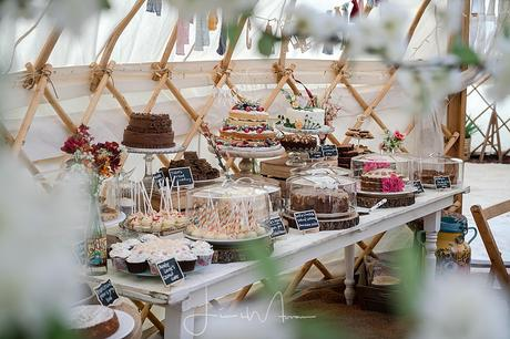 Greenwood Grange Yurt Wedding cake display