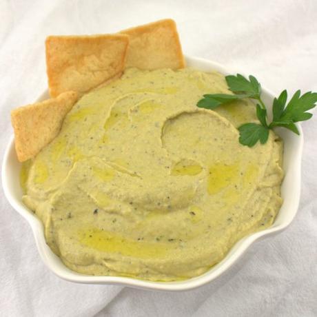 Lemony Roasted Garlic Hummus with Herb Toasted Pita #EattheWorld