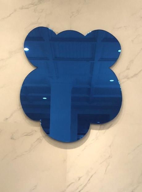 Jeff Koonns Blue Mirror