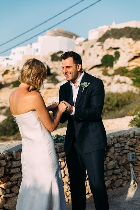 beautiful-rustic-wedding-folegandros_25