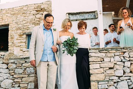beautiful-rustic-wedding-folegandros_23