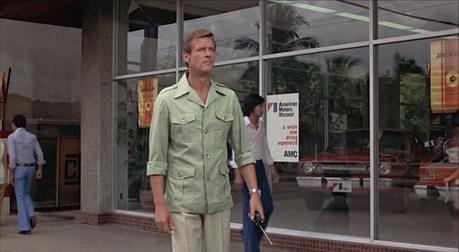 Bond's Green Safari Jacket in The Man with the Golden Gun
