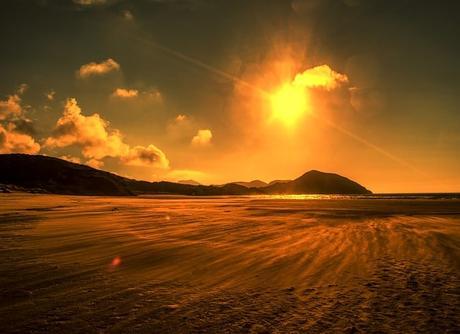 beach-red-hot-heat-extreme-desert