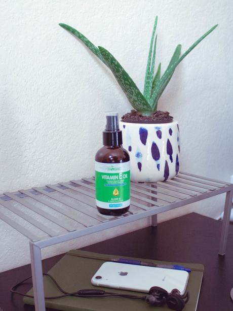 sky-organis-vitamin-e-oil-review-2.jpg