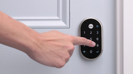What Types of Electronic Hotel Locks You Can Find in The Market?
