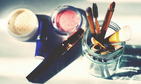 5 Things Makeup Users Hate Hearing About Their Makeup Products