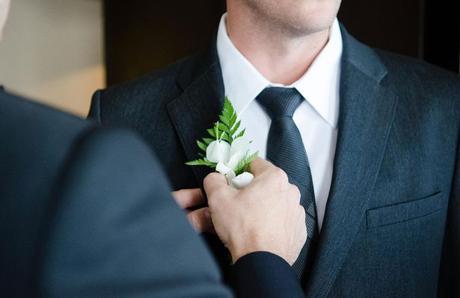 How do Men Handle Wedding Day Stress?
