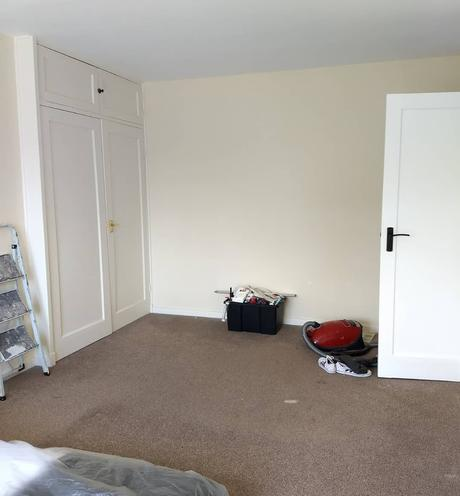 before picture of a bedroom renovation.