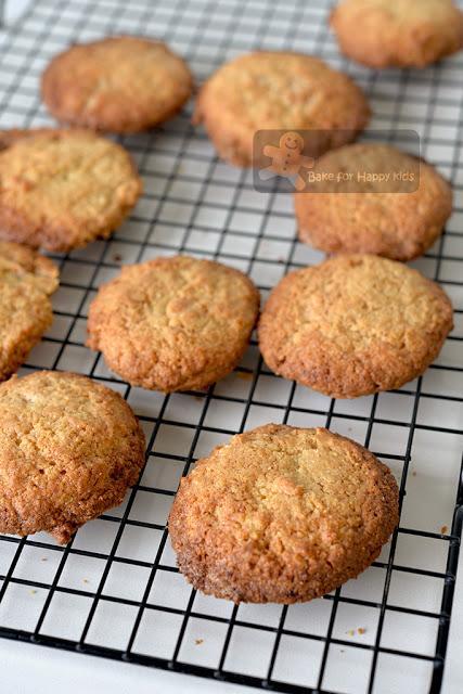 crispy lemon butter cookies