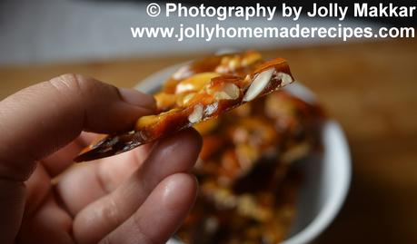 Nut Brittle with Honey