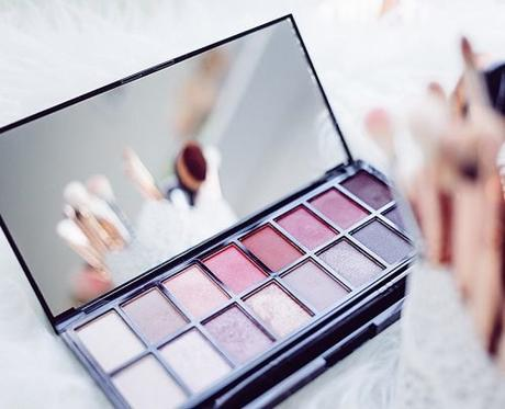 make up artists for wedding palette