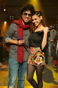 """Papon And Shalmali Collaborate For The First Time To Bring """"Aajo Cholechi"""""""