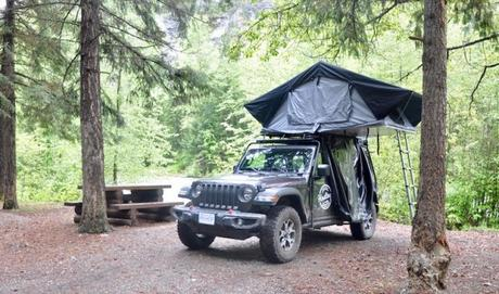 Exploring British Columbia with Hastings Overland