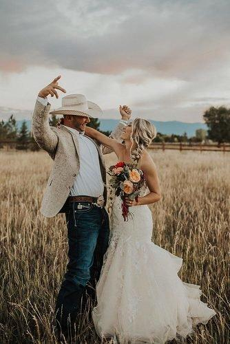 ranch wedding cute country bride and groom