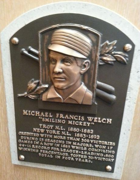 This day in baseball: Welch wins 300