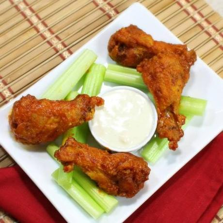 Sweet and Spicy Jalapeno Peach Chicken Wings