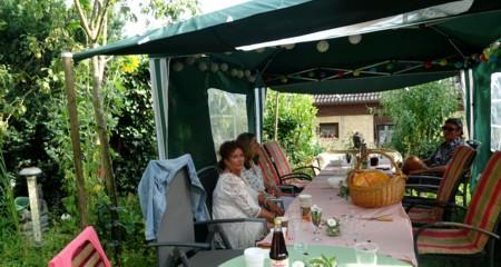 Summer Fullness – A Garden Party