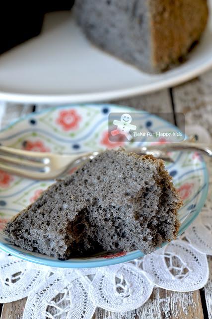 soft moist black sesame chiffon cake