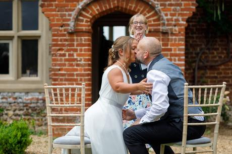 first kiss at a hautbois hall wedding