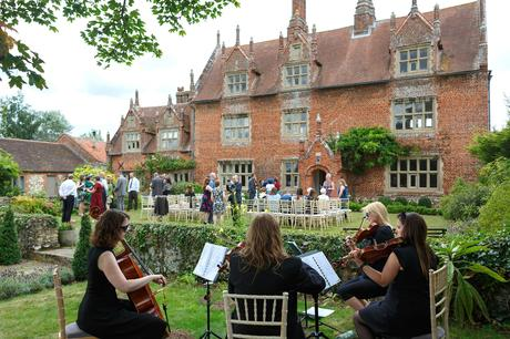 string quartet at a hautbois hall wedding