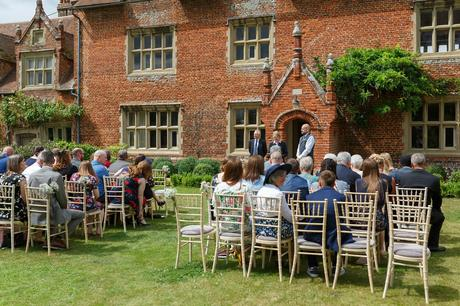 the groom waits in front of hautbois hall