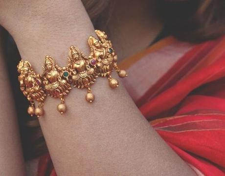 Temple-jewellery-Kadas