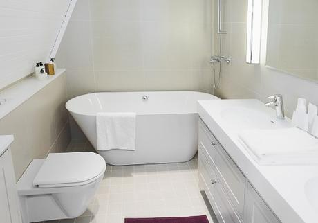 Making the Most of a Small Bathroom