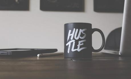 Why Everyone Needs a Side Hustle and 4 Ways To Create It
