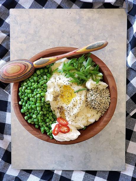 parmesan mashed potatoes and peas bowl