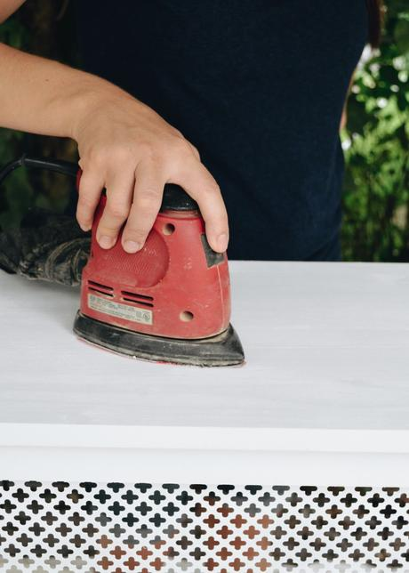 How to Paint a Radiator Cover