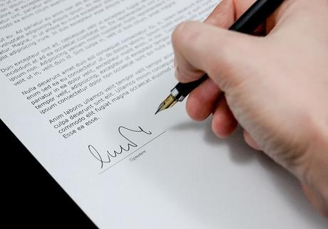 Lease Agreement or Rental Agreement – Which Should You Choose?