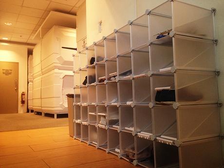 shoe rack at Dormitos