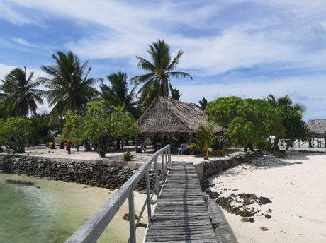 Backpacking in Kiribati: Touring New Jerusalem, Abatao, North Tarawa