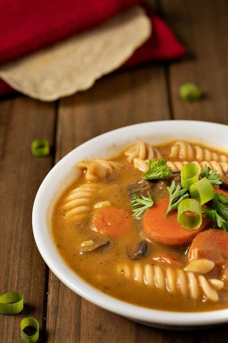 mushroom noodle soup