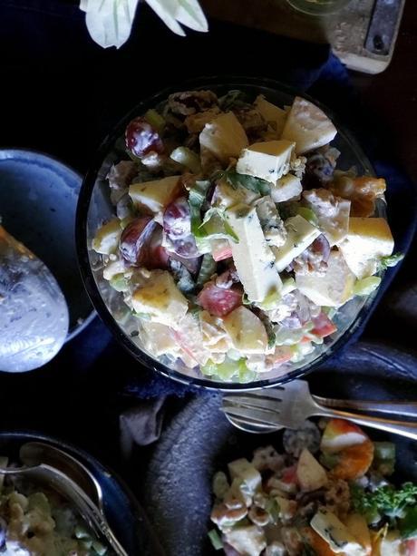 apple basil bleu salad