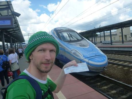 Why Are There Five Central Train Stations in Warszawa?