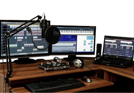 4 Exciting Ways on How to Build a Live Streaming In-house Studio