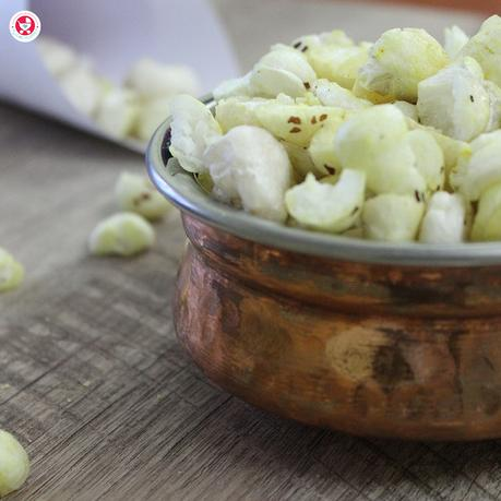Roasted Phool Makhana Recipe is a protein rich highly nutritious finger food recipe for babies. It's nutrient rich, thus the best food for growing babies.