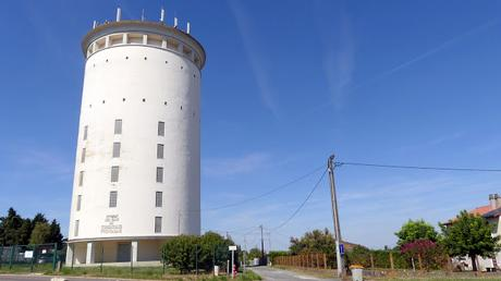 Gironde's finest water towers