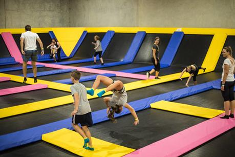 Know the Health Benefits of Visiting A Trampoline Park Regularly