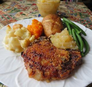 Pork Chops & Applesauce