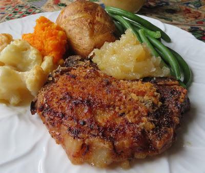 Pork Chops & Apple Sauce