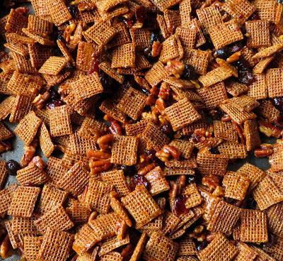 Pecan Crunch Snack Mix