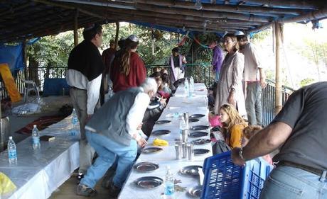 Image: 2701- Yom Kippur eve of fast meal Dharamsala, by David Lisbona on Pixabay