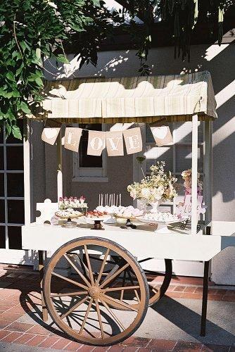 outdoor wedding ideas dessert cart