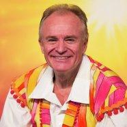 5. Book tickets to see Aladdin with Bobby Davro at New Victoria Theatre, Woking