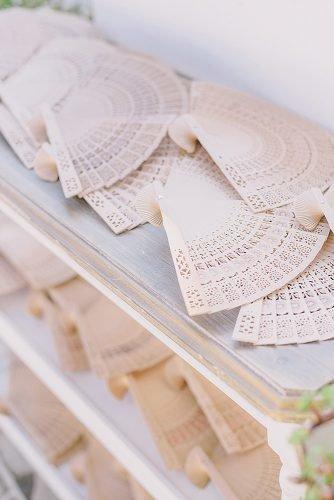 wedding ideas for summer fans