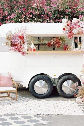 wedding ideas for summer cocktails trailer