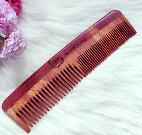 the natural wash wooden neem comb